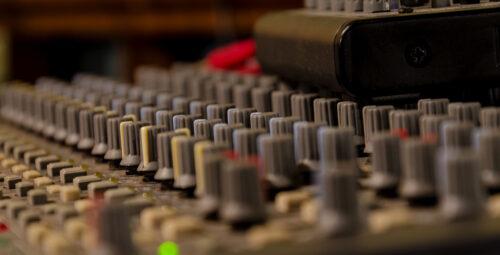 Comment réaliser un montage audio avec Audacity ?