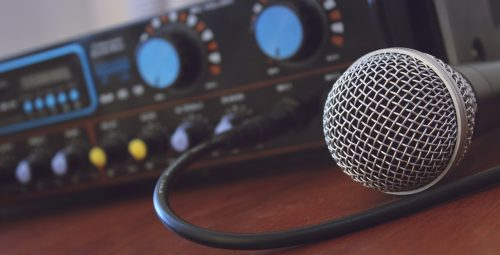 Comment choisir son microphone pour sa radio