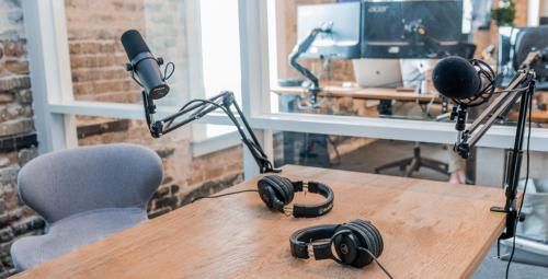 Les meilleurs microphones pour la radio et le podcast