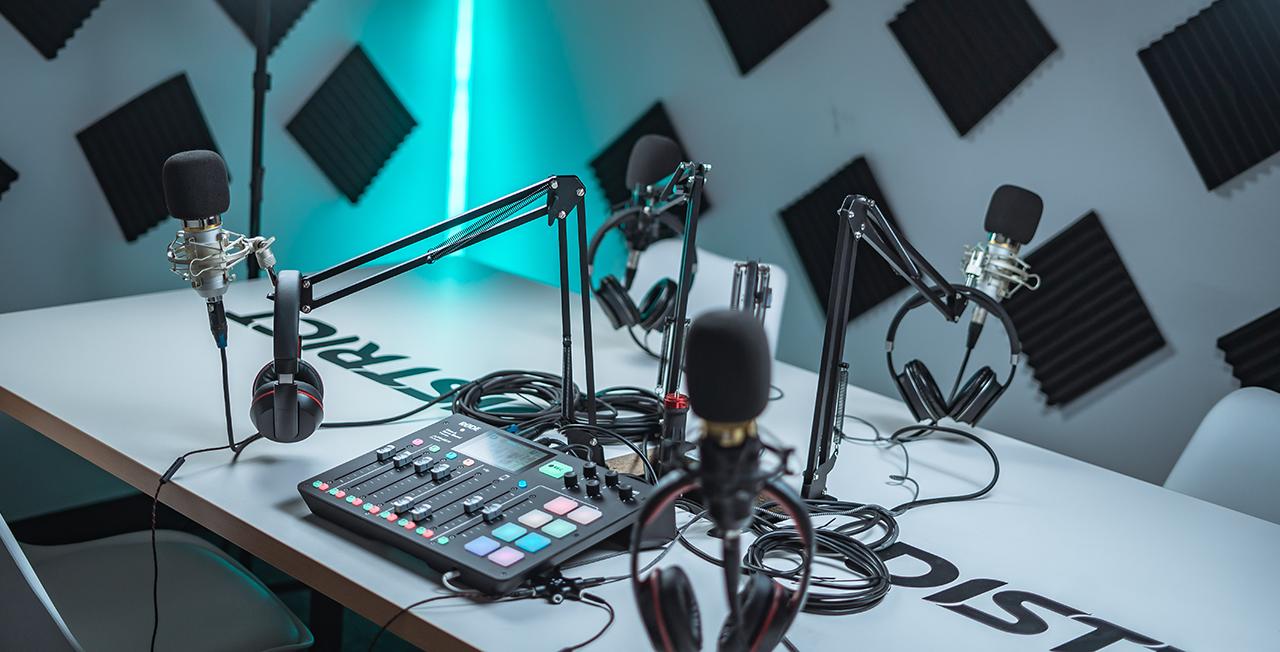 Radio en direct et podcasts : quelle est la différence ?